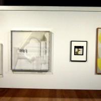 Skärm med fem verk ur samlingarna i Pontus Hulténs visningsmagasin. Moderna Museet 2013