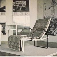 Repliker av tevagn och vilstol från Stockholmsutställningen 1930, Kulturhuset Stockholm 1980